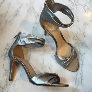 Vince Camuto Camden Twisted Heels 6.5